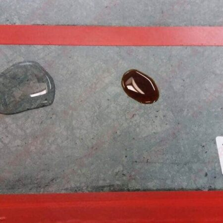 Imperston Natura - protettivo antimacchia idrorepellente: esempio caffè acqua dopo la pulitura con panno - Amastone